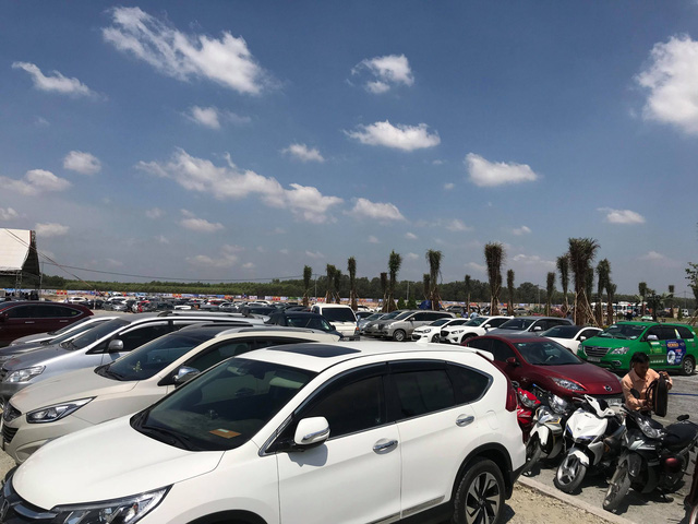 Người dân đổ xô đi mua đất tại một số vùng xung quanh sân bay Long Thành.